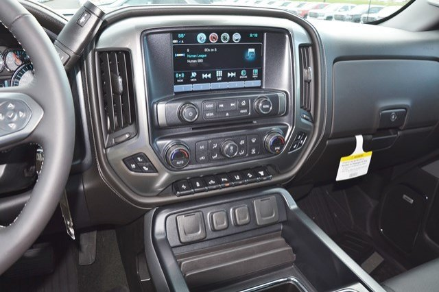 2018 Silverado 2500 Crew Cab 4x4, Pickup #18C181 - photo 23