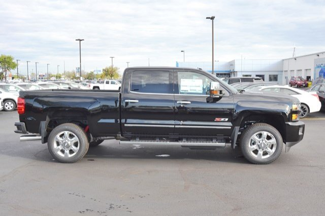 2018 Silverado 2500 Crew Cab 4x4, Pickup #18C181 - photo 7