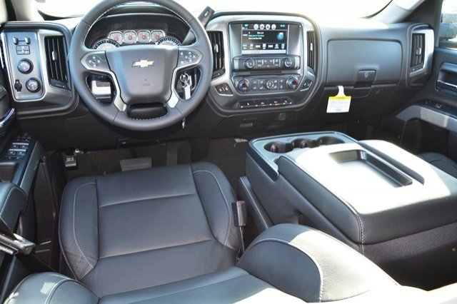 2018 Silverado 2500 Crew Cab 4x4, Pickup #18C209 - photo 18