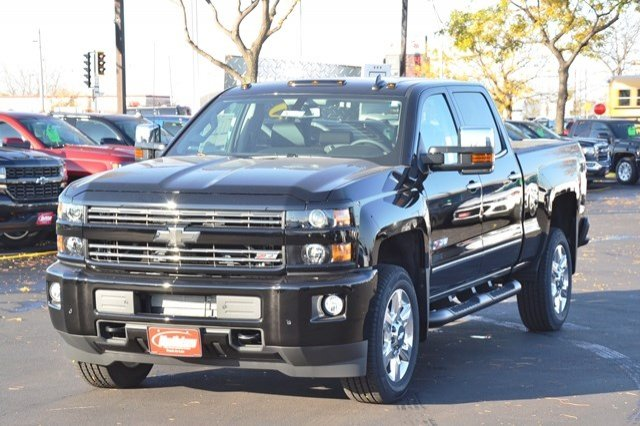 2018 Silverado 2500 Crew Cab 4x4, Pickup #18C209 - photo 3