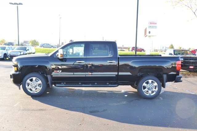 2018 Silverado 2500 Crew Cab 4x4, Pickup #18C209 - photo 4