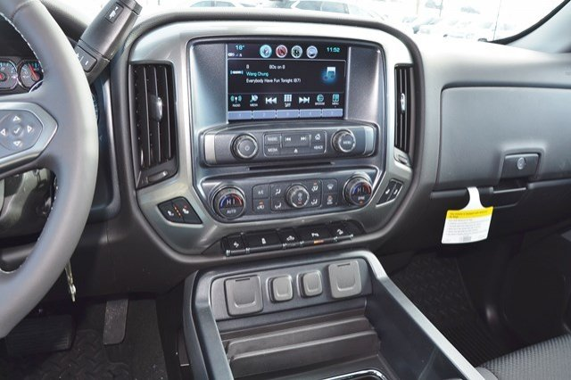 2018 Silverado 1500 Extended Cab 4x4 Pickup #18C358 - photo 23