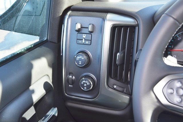 2018 Silverado 1500 Extended Cab 4x4 Pickup #18C359 - photo 22