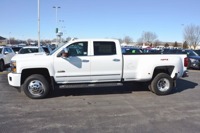 2018 Silverado 3500 Crew Cab 4x4, Pickup #18C483 - photo 4