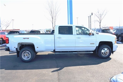 2018 Silverado 3500 Crew Cab 4x4, Pickup #18C483 - photo 7
