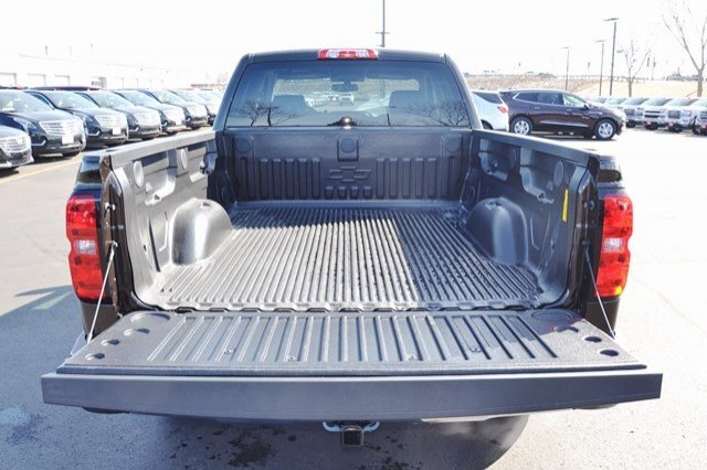 2018 Silverado 1500 Double Cab 4x4, Pickup #18C523 - photo 10