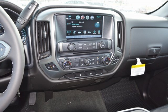 2018 Silverado 1500 Double Cab 4x4, Pickup #18C540 - photo 23