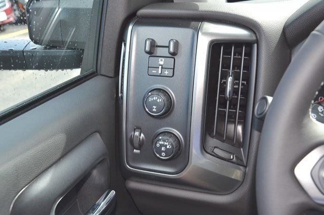 2018 Silverado 2500 Regular Cab 4x4, Pickup #18C76 - photo 19