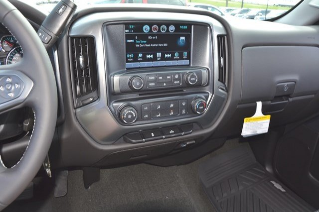 2018 Silverado 2500 Regular Cab 4x4, Pickup #18C76 - photo 21