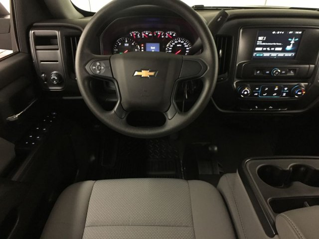 2018 Silverado 1500 Crew Cab 4x4,  Pickup #18C894 - photo 21