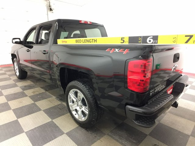 2018 Silverado 1500 Crew Cab 4x4,  Pickup #18C894 - photo 2