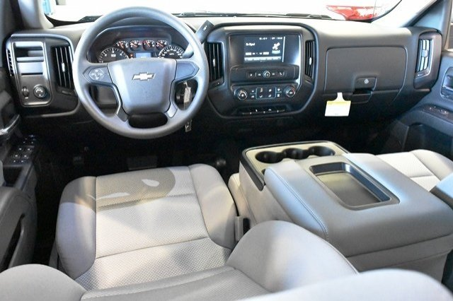 2018 Silverado 1500 Crew Cab 4x4,  Pickup #18C914 - photo 3