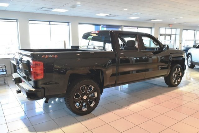 2018 Silverado 1500 Crew Cab 4x4,  Pickup #18C914 - photo 9