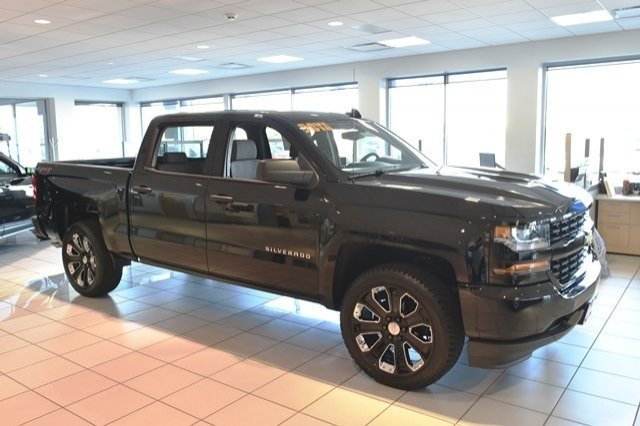 2018 Silverado 1500 Crew Cab 4x4,  Pickup #18C914 - photo 10
