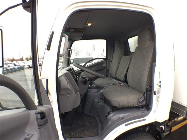 2018 LCF 4500 Regular Cab 4x2,  Morgan Dry Freight #18C931 - photo 18