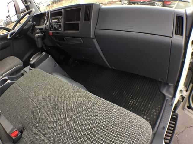2018 LCF 4500 Regular Cab 4x2,  Morgan Dry Freight #18C931 - photo 3
