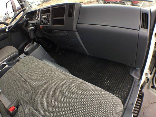 2018 LCF 4500 Regular Cab 4x2, Morgan Fastrak Dry Freight #18C931 - photo 5