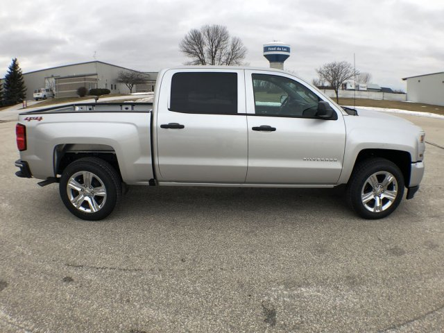 2018 Silverado 1500 Crew Cab 4x4,  Pickup #18C939 - photo 10