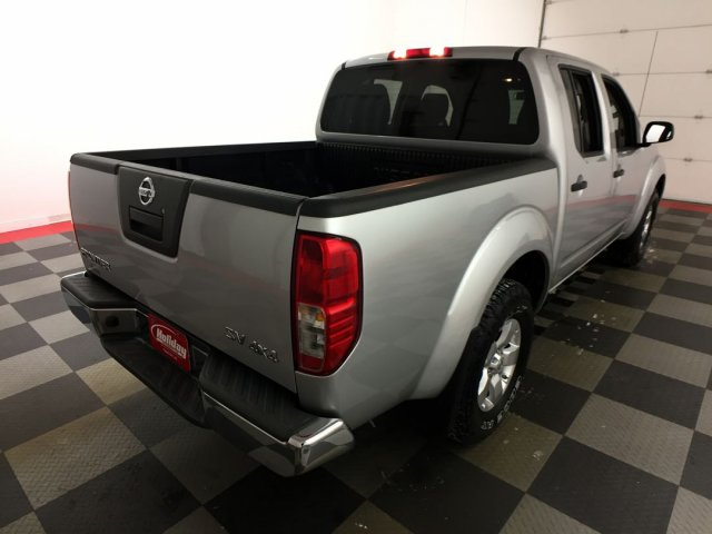 2012 Frontier Crew Cab 4x4,  Pickup #18M475B - photo 3