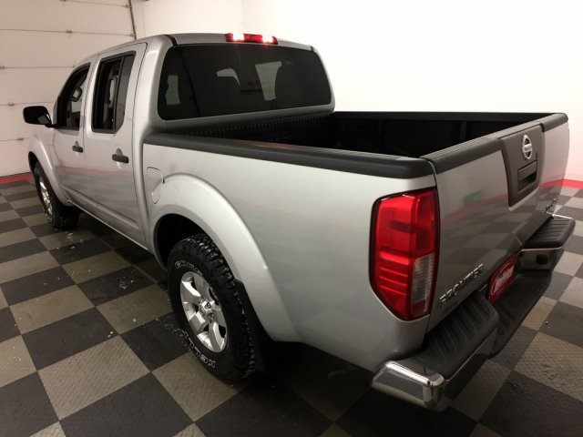 2012 Frontier Crew Cab 4x4,  Pickup #18M475B - photo 2