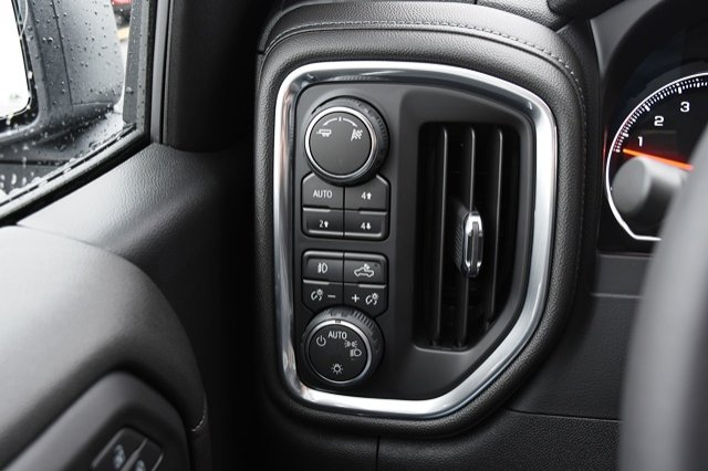 2019 Silverado 1500 Crew Cab 4x4,  Pickup #19C136 - photo 25