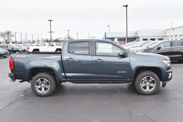 2019 Colorado Crew Cab 4x4,  Pickup #19C198 - photo 18