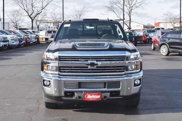 2019 Silverado 2500 Crew Cab 4x4,  Pickup #19C220 - photo 12