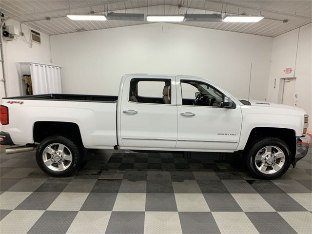 2016 Silverado 2500 Crew Cab 4x4,  Pickup #19C27A - photo 8
