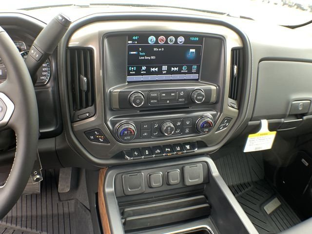 2019 Silverado 2500 Crew Cab 4x4,  Pickup #19C335 - photo 8