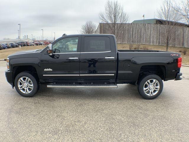 2019 Silverado 2500 Crew Cab 4x4,  Pickup #19C335 - photo 3