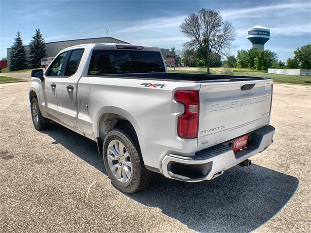 2019 Silverado 1500 Double Cab 4x4,  Pickup #19C432 - photo 2