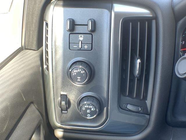 2019 Silverado 1500 Double Cab 4x4,  Pickup #19C452 - photo 23