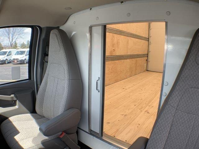 2019 Express 3500 4x2,  Supreme Cutaway Van #19C462 - photo 20