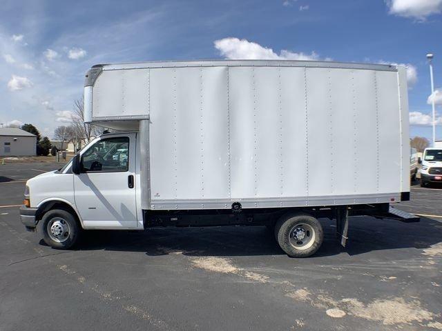 2019 Express 3500 4x2,  Supreme Iner-City Cutaway Van #19C462 - photo 8