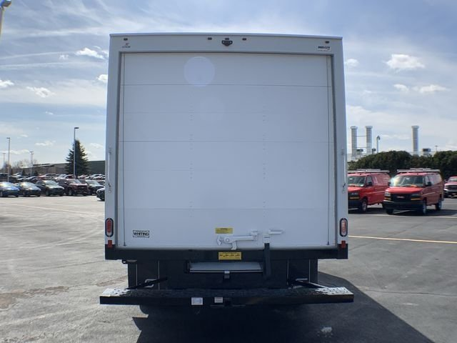 2019 Express 3500 4x2,  Supreme Cutaway Van #19C462 - photo 10
