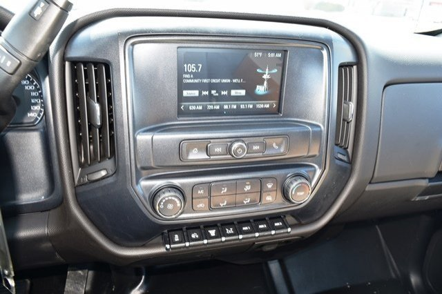 2019 Silverado Medium Duty 4x2,  Cab Chassis #19C497 - photo 6