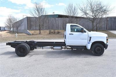 2019 Silverado Medium Duty 4x2,  Cab Chassis #19C497 - photo 10