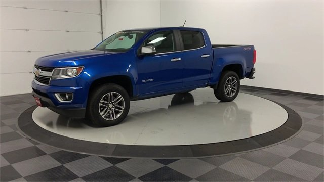 2019 Colorado Crew Cab 4x4,  Pickup #19C557 - photo 3