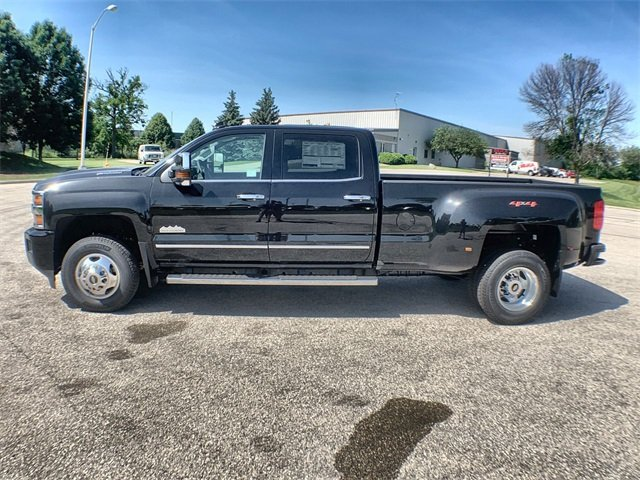 2019 Silverado 3500 Crew Cab 4x4,  Pickup #19C569 - photo 2