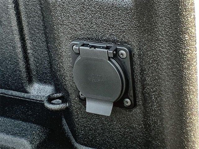 2019 Silverado 1500 Crew Cab 4x4,  Pickup #19C611 - photo 14