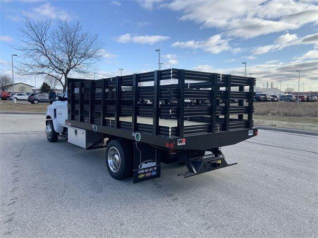 2019 Silverado 5500 Regular Cab DRW 4x2, Monroe Stake Bed #19C812 - photo 20