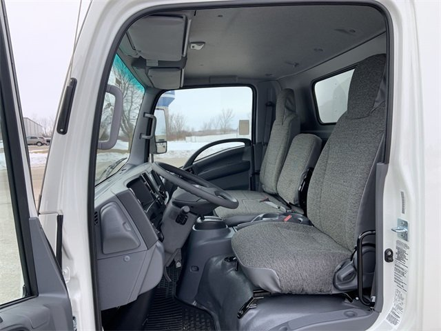 2019 LCF 4500 Regular Cab 4x2, Morgan Fastrak Dry Freight #19C850 - photo 23