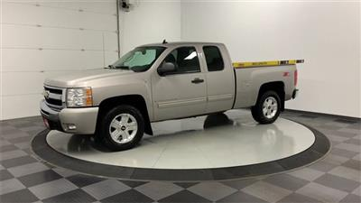 2009 Silverado 1500 Extended Cab 4x4, Pickup #19F960A - photo 3