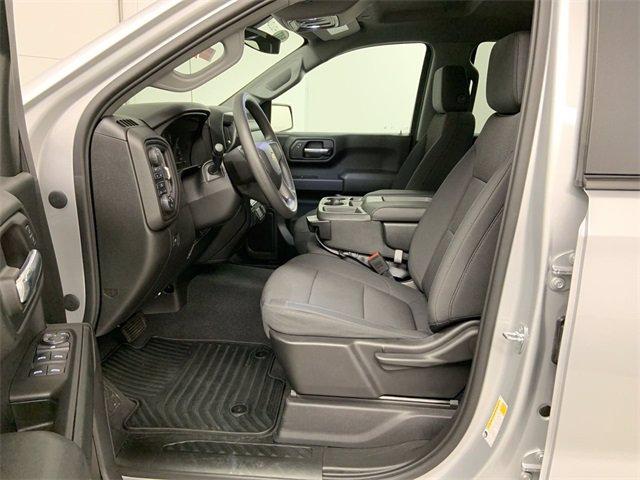 2020 Chevrolet Silverado 1500 Crew Cab 4x4, Pickup #20C605 - photo 1