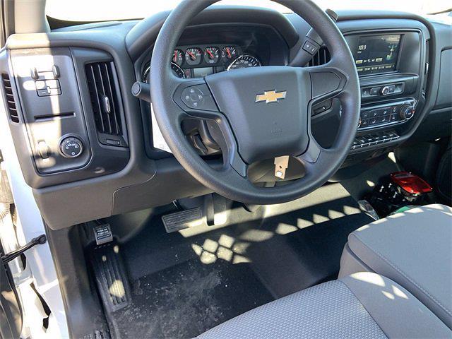 2020 Chevrolet Silverado 4500 Regular Cab DRW 4x2, Monroe MSS II Service Body #20C756 - photo 10