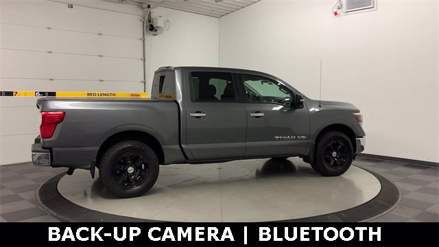 2018 Nissan Titan Crew Cab 4x4, Pickup #20F649A - photo 33