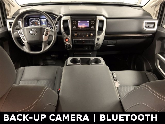 2018 Nissan Titan Crew Cab 4x4, Pickup #20F649A - photo 5