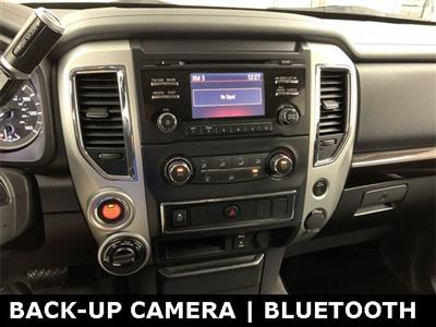 2018 Nissan Titan Crew Cab 4x4, Pickup #20F649A - photo 15