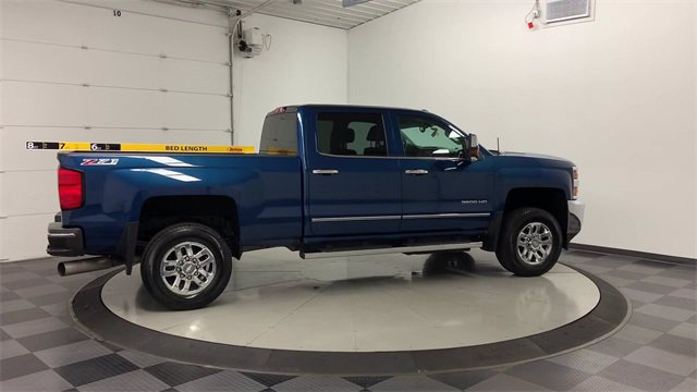 2016 Chevrolet Silverado 3500 Crew Cab 4x4, Pickup #20G469A - photo 2
