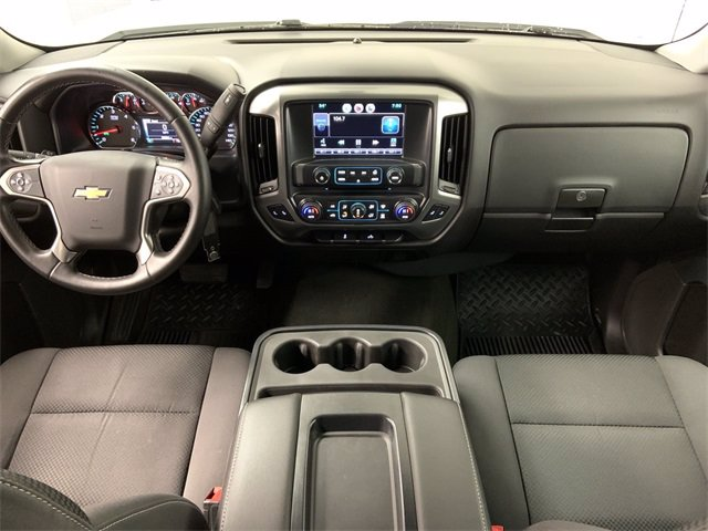 2015 Chevrolet Silverado 1500 Crew Cab 4x4, Pickup #21C210A - photo 8